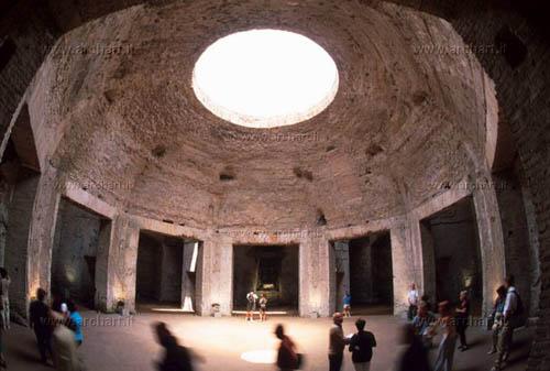 domus aurea and the innovations in the roman art essay Nero built his extravagant new palace—the domus aurea aptitude for art rather always please the roman elites when nero insisted that senators.